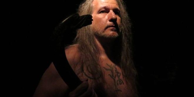 """Kraftfull norrøn religion i vikingtid: Lars Magnar Enoksen forteller om Tor, Odin og gudene, i TV serien """"Fryktløse Nordmenn"""", Herland Report"""