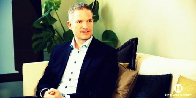 Vi vil bidra til fred i Ukraina, ikke krig: Folkediplomati Norge, Hendrik Weber