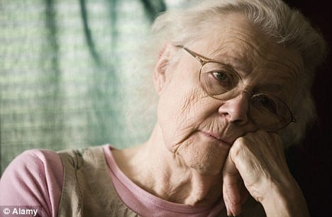 Stop the socio-economic suicide: Old people who do not have corona suffer