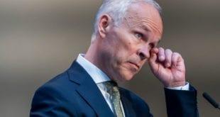 Norsk økonomisk kollaps svært forverret av ekstreme coronatiltak. Solberg lytter ikke til råd: Scanpix, Herland Report