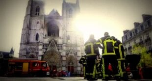 Persecution: Churches burn all over France, 1000 churches vandalized in one year #HagiaSophia, AFP Herland Report