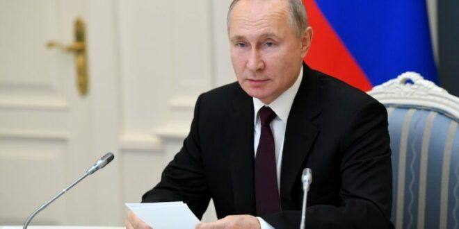 Vladimir Putin at Davos: Warns of dark anti utopian days ahead, GEtty