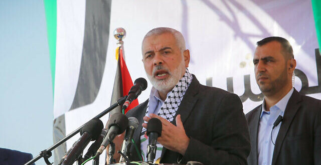 Corrupt Palestinian leaders: Wealthy Palestinian leaders and the Israel conflict: Where do all the billions in aid go: Flash90